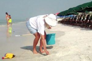 Volunteer Beach Ambassador 3